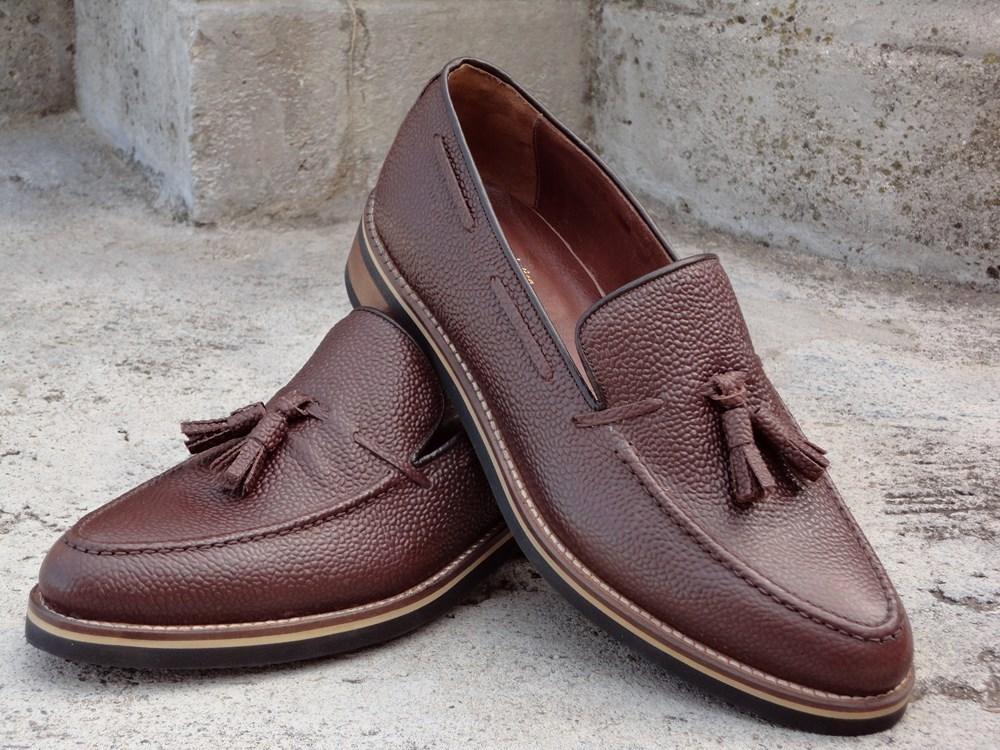 58613a0668d8d Scarpe artigianali classiche da uomo e donna. Scarpe fatte a mano